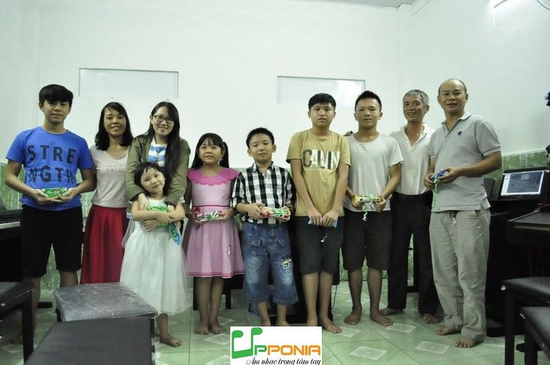 Buổi Biểu Diễn Âm Nhạc Tại Trung Tâm Âm Nhạc Upponia
