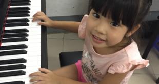 Phương Anh lớp piano cho bé thủ đức
